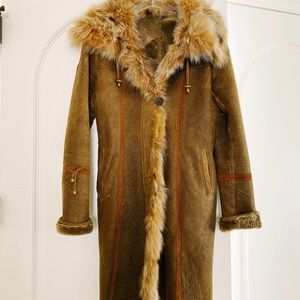 Blue Duck lamb shearling with fox collar coat